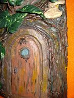 MANUALIDADES Y OTROS ENTRETENIMIENTOS: Teja decorada casa árbol Painting, Art, Treehouse, Roof Tiles, Crafts, Art Background, Painting Art, Kunst, Paintings