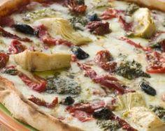 Pizza allégée aux artichauts, tomates séchées, jambon et mozzarella : http://www.fourchette-et-bikini.fr/recettes/recettes-minceur/pizza-allegee-aux-artichauts-tomates-sechees-jambon-et-mozzarella.html