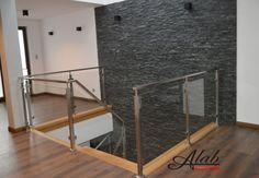Balustrada szklana/ szkło/ /schody stalowe/ konstrukcja stalowe