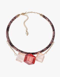 Stradivarius cube necklace