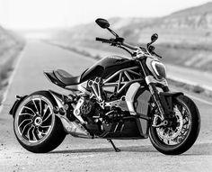 Ducati XDiavel : Impertinente et sexy.