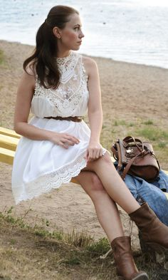 Fun look for Summer festivals- white lacy dress paired with brown boots and bag//