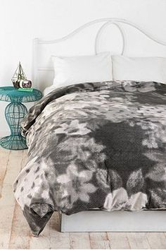 dark grey duvet cover and a simple white headboard with white pillows Green Comforter, Bedding, Grey Duvet, Duvet Covers Urban Outfitters, White Headboard, Home Catalogue, Double Duvet Covers, Apartment Essentials, Old Room