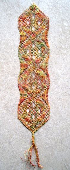 Torchon bobbin lace bookmark, worked in King Tut variegated cotton. Completed Dec 2013.
