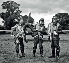 Sgt Michał Brzezowski, Sgt Stefan Wójtowicz and Sgt Eugeniusz Szaposznikow (left to right) of No 303 Squadron RAF stand in place at RAF Northolt in 1940. They had been veterans of the Polish and French campaigns before joining the squadron in August. While Brzezowski and Wójtowicz failed to return from combat in September, Szaposznikow survived the Battle of Britain, with 8 victories and 1 probable to his credit.
