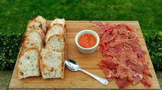 Aperitivo boda pan con jamón y tomate #weddingfood #aperitivos #comidachic #comida #boda #bodagalicia #foodie #kataifi #ideas