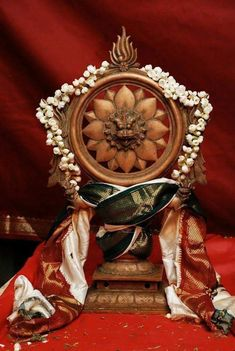 Sudarsanar Chakrathazhwar Hindu Rituals, Lord Vishnu Wallpapers, Lord Mahadev, Digital Art Fantasy, Krishna, Hanuman, Shiva, God Pictures, Indian Gods