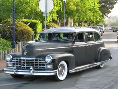 1947 Cadillac Limousine Maintenance/restoration of old/vintage vehicles: the material for new cogs/casters/gears/pads could be cast polyamide which I (Cast polyamide) can produce. My contact: tatjana.alic@windowslive.com