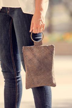 Mayko Handmade Leather Bags / IAMTHELAB - Your Handmade Laboratory