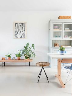 Una casa nórdica repleta de plantas | La Bici Azul: Blog de decoración, tendencias, DIY, recetas y arte