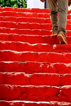Red stairs | The House of Beccaria