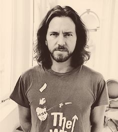 Eddie Vedder pearl jam will always be my first love <3