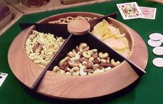 Turned Lazy Susan snack tray Woodworking Plan from WOOD Magazine
