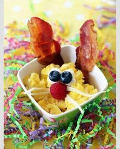 What an awesome surprise for breakfast for the Kiddo's food on Easter holiday :)