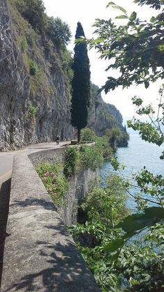 Ciclopedonale Vello Toline, Lago d'Iseo, Italia