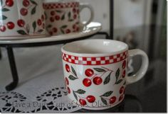 I have a set of these Cherries Jubilee dishes, too <3