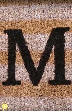 MONOGRAM DOORMAT  #diy #home #decor #monogram #doormat