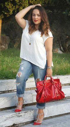 Boyfriend Jeans and Rockstud Shoes ~ Iris Tinunin Look Plus Size, Curvy Plus Size, Plus Size Model, Curvy Outfits, Plus Size Outfits, Fashion Outfits, Womens Fashion, Fashion Beauty, Curvy Girl Fashion