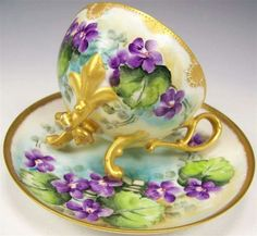 Anrique frenc Limoges hand painted. VIOLETS