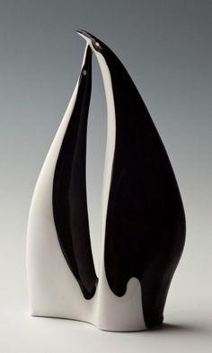 ceramic sculpture, Polski New Look - Ćmielów. Clay Birds, Ceramic Birds, Ceramic Animals, Ceramic Pottery, Pottery Art, Ceramic Art, Pottery Sculpture, Bird Sculpture, Animal Sculptures
