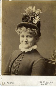 Google Image Result for http://blog.familytreemagazine.com/photodetectiveblog/images/woman%2520in%2520hat.jpg
