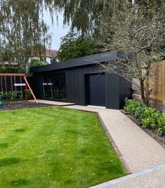 Standing seam cladding on an outbuilding I did in Loughton, Essex. Cladding, Garage Doors, Sidewalk, Outdoor Decor, Projects, Home Decor, Log Projects, Blue Prints, Decoration Home