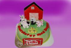 Her  er en annen variant av bondegårdskaken med dyr og låve istedet for traktoren.  Kan lages både som sjokoladekake og marsipanbløtkake. Ta kontakt for mer info på post@bellakaker.no eller ta en titt på websiden min www.bellakaker.no