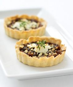 Balsamic Onion Tart with Goat Cheese and Thyme | Love and Olive Oil. This was delicious.