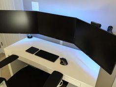 Black White #Battlestation by BlackWhite01 on Reddit #design #setups