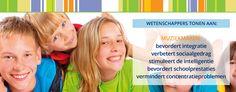 Muziek heeft een positieve invloed op de intelligentie en sociale vaardigheden van kinderen : http://www.muziekmaaktslim.nl