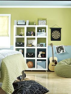 Those shelves. Awesome.   I also like the color of the walls.     http://www.shelterness.com/boys-room-design-for-a-music-fan/
