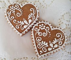 Discover recipes, home ideas, style inspiration and other ideas to try. Christmas Sugar Cookies, Valentine Cookies, Christmas Candy, Christmas Desserts, Handmade Christmas, Valentines, Bolacha Cookies, Galletas Cookies, Cute Cookies