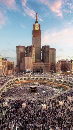 Mecca Masjid, Masjid Al Haram, Mecca Wallpaper, Islamic Wallpaper, Allah Wallpaper, Muslim Images, Mekkah, Love In Islam, Beautiful Mosques