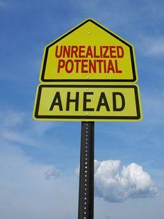 Quando temos algo que nos limita, podemos pensar porque é que nos está a limitar e o que podemos fazer com isso... Ou podemos apenas queixar e arranjar desculpas para tudo o que não queremos, com base nas limitações: http://checkthisout.me/descobre-o-teu-potencial +info: http://atrairrendimento.com/
