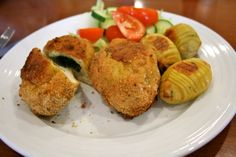 Recipe Chicken Kiev by makeitperfect, learn to make this recipe easily in your kitchen machine and discover other Thermomix recipes in Main dishes - meat. Meat Recipes, Chicken Recipes, Cooking Recipes, Top Recipes, Chicken Kiev Recipe, Bellini Recipe, Recipe Community, How To Cook Chicken, Main Meals