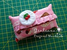 Giuliana - Original Handmade: Tutorial de Porta-lenços - Cupcakes de Cereja com Chantily