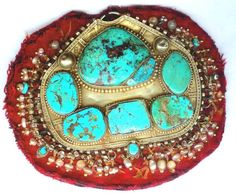 Spectacular Saudi forehead ornament in high karat gold and turquoise with pearls, from the Najd region.
