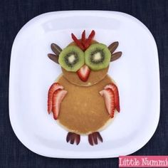 Reminds me of my Grandma always making us any shape we wanted of Pancakes!.....cute Owl Pancake breakfast