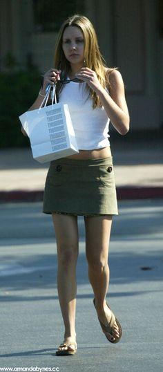 Amanda Bynes Up Skirt