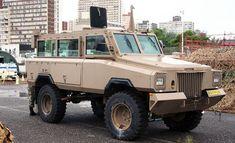 Army Vehicles, Armored Vehicles, Toyota Dyna, South Africa Safari, Heavy Machine Gun, Truck Detailing, Armored Truck, Iraq War