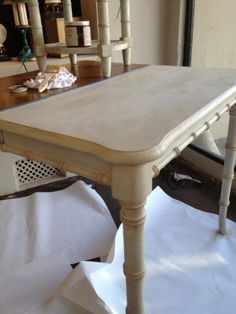 Fab table redo with Amy Howard One Step Paint! Kim Hoegger Home - your one stop shop for all things Amy Howard At Home. www.kimhoeggerhome.com