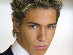 Kurze Haare Platinum Pixie Überprüfen Sie mehr unter http://frisurende.net/kurze-haare-platinum-pixie/33862/