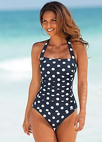 One piece swimsuits are the essential style staple this season. Modest Swimsuits, Monokini Swimsuits, Cute Swimsuits, Women Swimsuits, Tankini, Women's Swimwear, Conservative Swimsuit, Fashion Mode, Mode Vintage