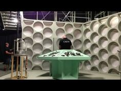 ▶ Time-lapse - First Doctor's TARDIS Console - Doctor Who - YouTube