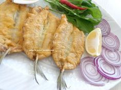 balığı paneleyerek kızartın börek gibi nefis oluyor.tavsiyemdir... malzemeler: 1 kğ iri sardalya ( kılçığı alınmış filet şeklinde) ... Fish Dishes, Seafood Dishes, Fish And Seafood, Fish Recipes, Vegan Recipes, Snack Recipes, Healthy Meals To Cook, Breakfast Items, Turkish Recipes