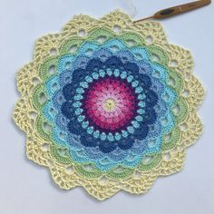 Detta mönster publicerades ursprungligen på Crochet Millans blogg. Vi vill rikta ett stort tack till Camilla för att vi även får dela med oss av det här. Så, glöm inte …