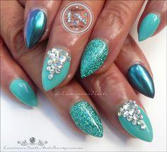 New turquoise pedicure designs glitter nails 63 ideas Acrylic Nails Stiletto, Blue Acrylic Nails, Short Stiletto Nails, Pedicure Designs, Pink Nail Designs, Nails Design, Luminous Nails, Glitter Manicure, Nail Arts
