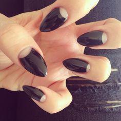 Black half moon talons  #rockin #nailart #talons