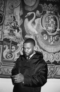 Frank Ocean Captures the Met Gala on Film No one but Frank Ocean saw this side of fashion's biggest night.<br> No one but Frank Ocean saw this side of fashion's biggest night. John Legend, Photo Wall Collage, Picture Wall, Picture Collages, White Picture, Frank Ocean Wallpaper, Iphone Wallpaper, Music Wallpaper, Ocean Photos