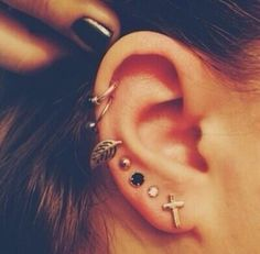 50 Beautiful Ear Piercings | Art and Design